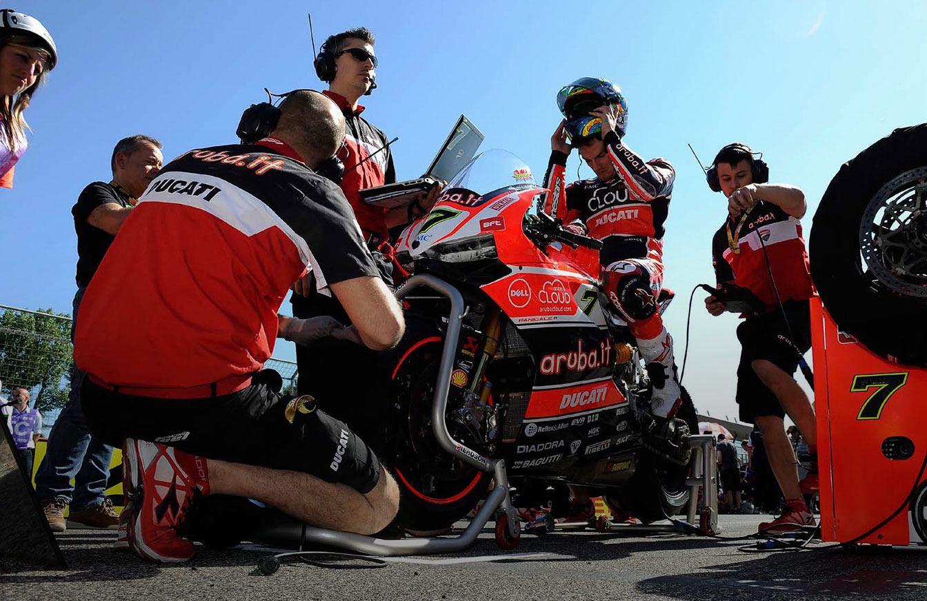 Team aruba.it racing - ducati